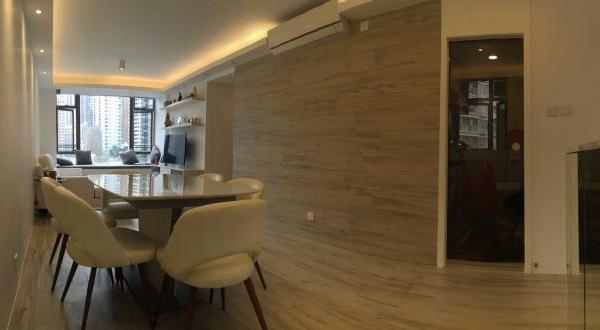 Living & dining area 01.JPG